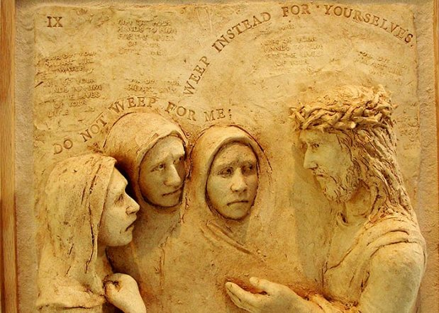 The weeping women